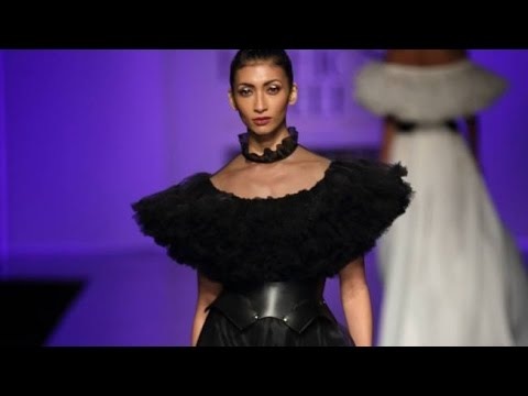 Gauri & Nainika | India Fashion Week Spring/Summer 2017