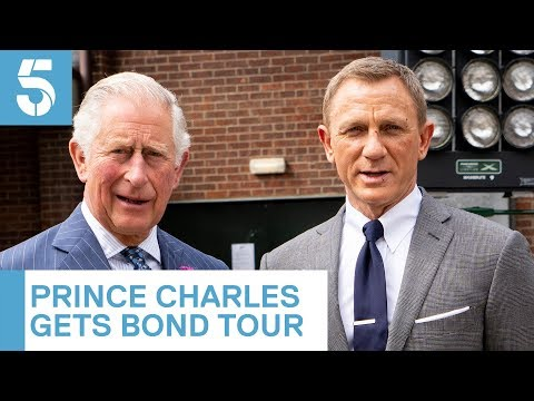 Daniel Craig shows Prince Charles around James Bond studio | 5 News