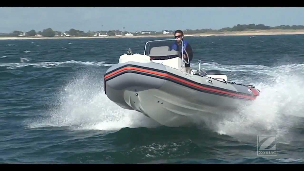 zodiac 2012 nouvelle gamme de bateaux semi rigides youtube. Black Bedroom Furniture Sets. Home Design Ideas