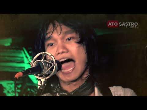 Layang Layang (Koes Plus Cover) - T'KOES