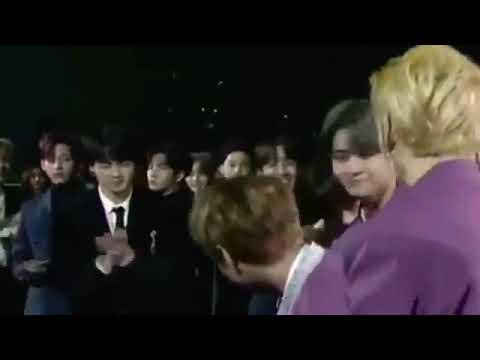 Wanna One Jihoon Bts Jin Cute Moments Sma At Seoul Music Awards 2018