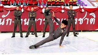 ตำรวจไทยเต้น บีบอย อย่างเฟี๊ยวววว