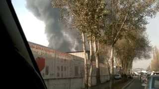 2013.11.17 горит знаменитая барахолка в Алматы