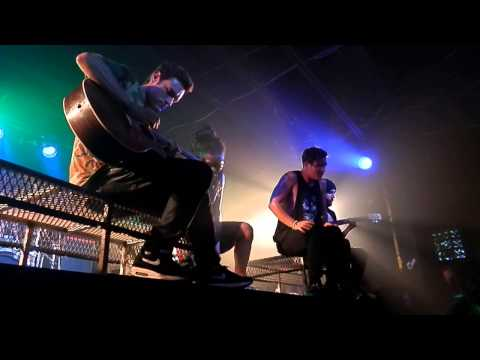 Skeleton [Acoustic] (Live) - Ghost Town