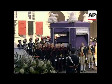 Remains of Dutch Queen Mother Juliana leave The Hague