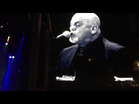 Billy Joel The lion sleeps tonight/the longest time @ Lambeau Field Green Bay, Wisconsin June 2017