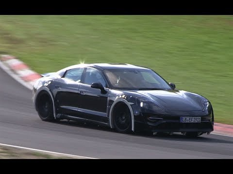 La future Porsche Mission E sur le Nürburgring