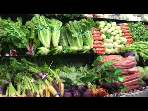 Inside PC Greens Organic Juice Bar Video #2