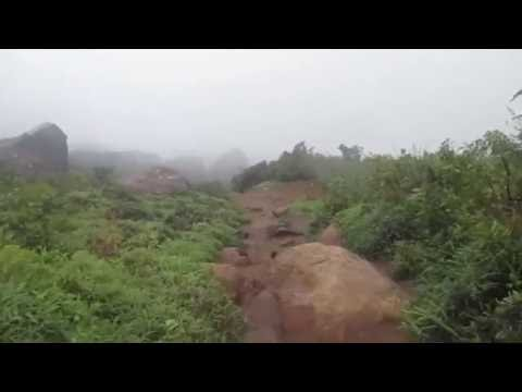 Velliangiri Mountains - Climbing down From 7th hill
