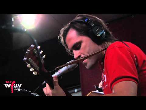 "Diego Garcia - ""Separate Lives"" (Live at WFUV)"