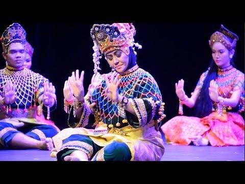 Shantanand Festival of Arts '15 -  Mak Yong 6/10
