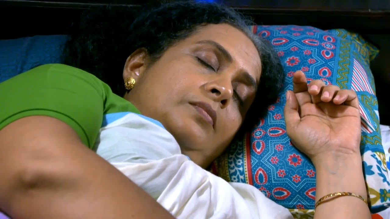 #Makkal | A saviour for Saraswathi Amma..! | Mazhavil Manorama