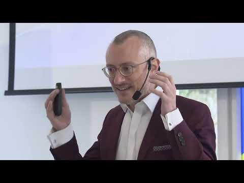 Dr. Johannes Hartl: