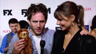 THE CROODS: Belt on the red carpet