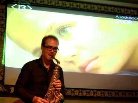 Fred Falke feat. saxophonist Syntheticsax -