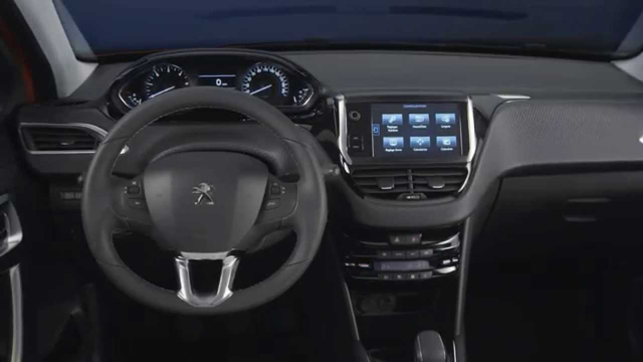 Int rieur peugeot 208 restyl e 2015 facelift vid o for Interieur 2015
