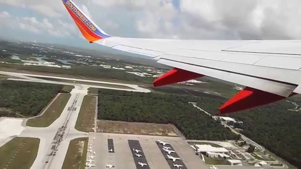 southwest 737-700 take off in cancun mexico - youtube
