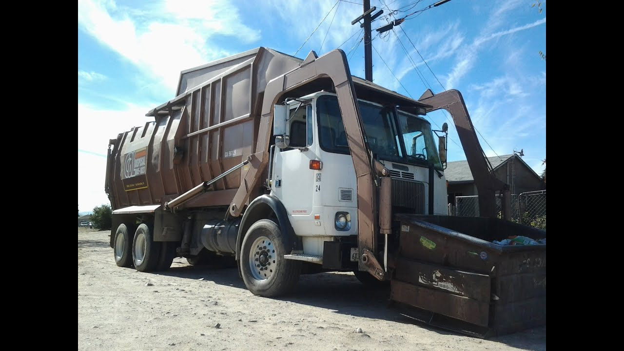 Cal disposal manual garbage collection with a maxon for Wrap master model 1500