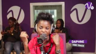 Download Video DAPHNE sur Vibe Radio Côte d'Ivoire MP3 3GP MP4