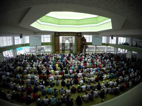 Cyberjaya Mosque - Time Lapse Friday Prayer