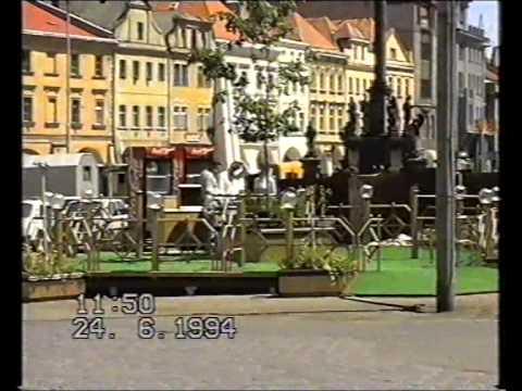 Hradec Králové roku 1994 aneb procházka postkomunistickým Hradcem s kamerou