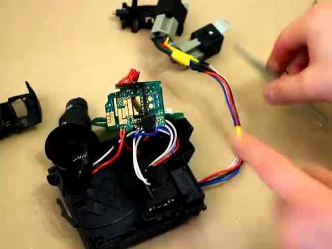 видео: Переделка сгоревшего подрулевого переключателя Рено (ч.2)