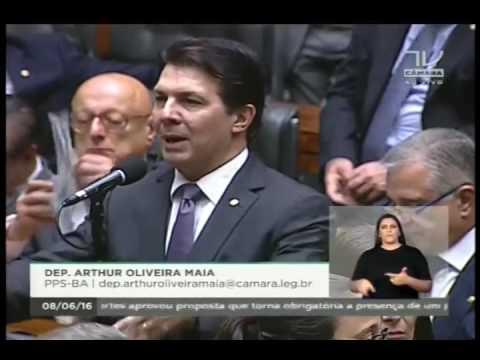 Dep. Arthur Maia (PPS-BA) parabeniza o Dep. Giacobo e destaca trabalhos na Câmara