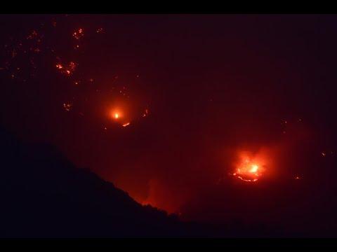 كاليفورنيا تكافح ثالث أكبر حريق تشهده منذ عام 1932  - نشر قبل 3 ساعة