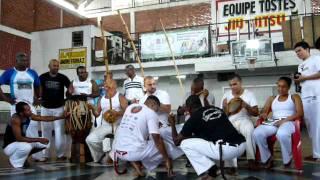 Mestre Linguiça - Capoeira Brasil ( P1030705 )