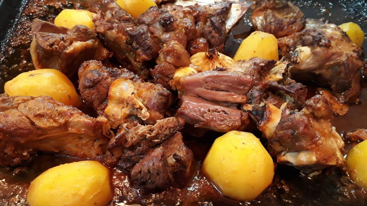Fırında Pratik Kuzu Kol Tarifi – Yemek Tarifleri