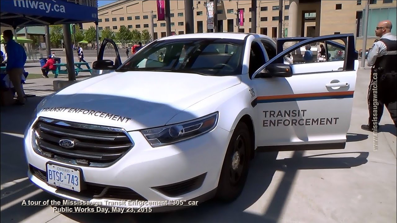 A tour inside a mississauga transit enforcement ford for Police tours