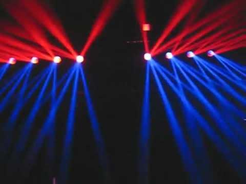 UN PAR DE REVO XPRESS DE AMERICAN DJ