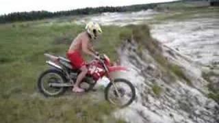pulando de moto areal sao jose