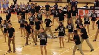 Brighton High School Guy-Girl Pom Halftime Show