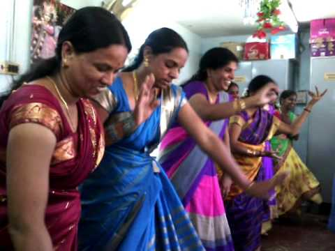 Karnataka kadanadu song dance