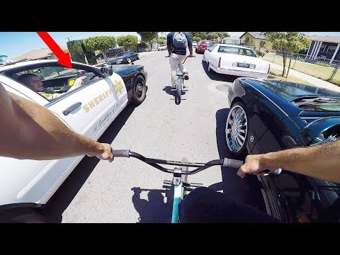 RIDING BMX IN LA COMPTON GANG ZONES 4 (CRIPS & BLOODS)