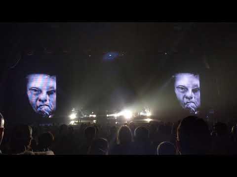 Massive Attack - Inertia Creeps (9/26/19) mp3