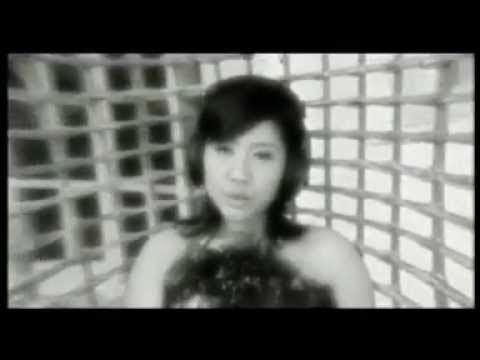 La Luna - Menanti Pagi (Official Video Clip)