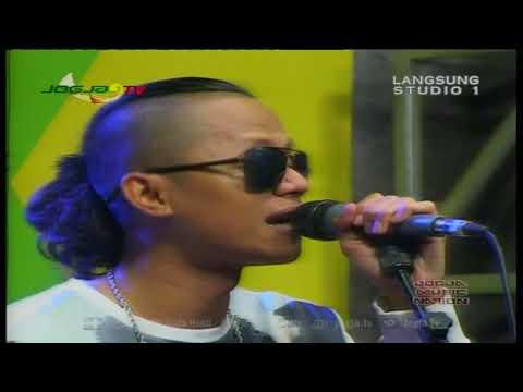 Wahyu - selow LIVE AT JOGJA TV