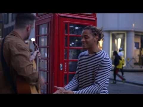 Singing Luther Vandross in Soho - Bluey Robinson | Street Acoustic Session