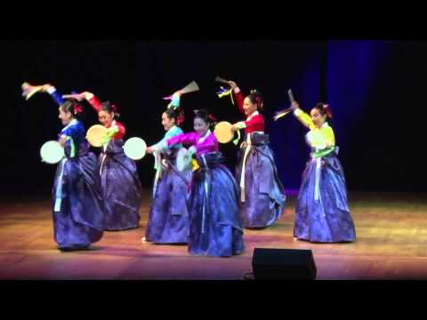 Ipchum Sogo / The Korean Traditional Music Assocition of America
