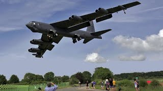 🇺🇸 Screaming B-52 Bombers Landing at RAF Fairford.