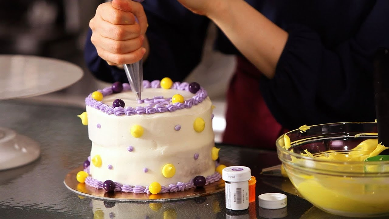 Cake Decorating Ideas With Candy