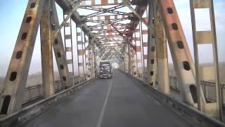 Grenze Bulgarien nach Rumänien  Baustelle auf der Brücke  LKW Ruse