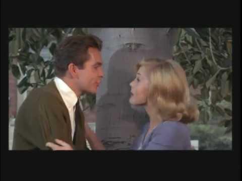 DEAN JONES AND CAROL LYNLEY IN UNDER THE YUM YUM TREE
