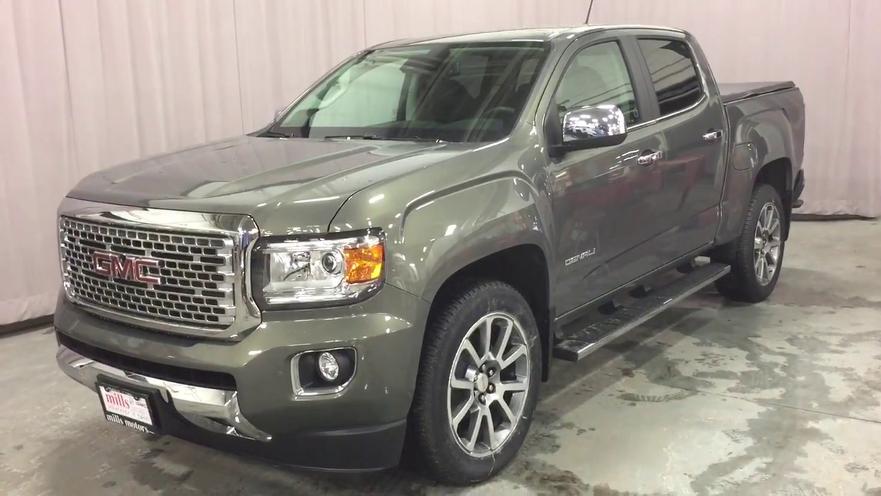 2018 GMC Canyon 4WD Crew Cab Denali Heated Steering Spray ...