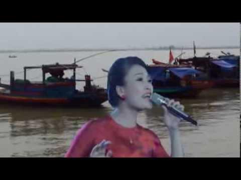 Tiếng Mẹ Ru - Huyền Trang ( giải nhất Sao Mai 2013 )