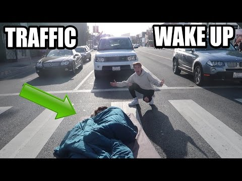 Thumbnail: WAKING UP IN TRAFFIC !! (PRANK)