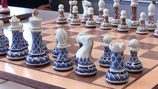 有田焼のチェス駒を開発 「最強」の新素材 佐賀・有田町