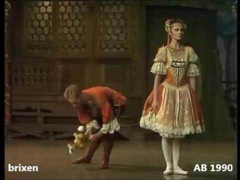 Coppelia - Franz entrance Act 1 begin - McBride/Tomasson, Benjamin/Acosta, Osipova/Lopatin, ...